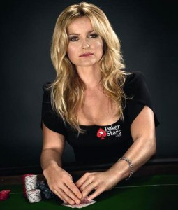 poker_girls_fatimamoreirademelo2_article