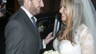 Victoria+Coren+David+Mitchell+Wedding+5j7J3vywj-1l