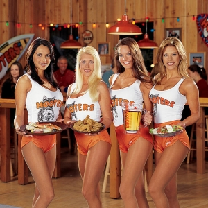 hooters_300x300_scaled_cropp