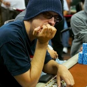 laak legends of poker_300x300_scaled_cropp