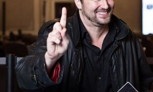 phil_hellmuth_300x300_scaled_cropp