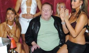 larry flynt_300x300_scaled_cropp