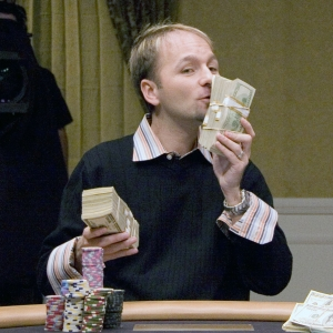 negreanu money_300x300_scaled_cropp