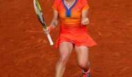 Svetlana-Kuznetsova-celebratesFO-140603G300