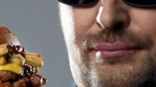 carls-jr-texas-bbq-thickburger-featuring-phil-hellmuth-large-1