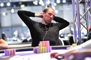 Tobias Peters CHip leader High Roller day 2  Eureka Poker Tour 5 Hamburg Tomas Stacha_1STA_8350-thumb-450x299-262693