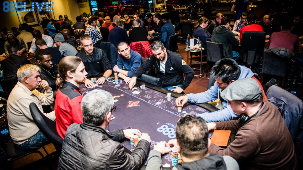 888live Local Aspers London1