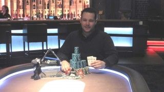 Mike Hawk gewinnt das Check Raising the Devil Main Event