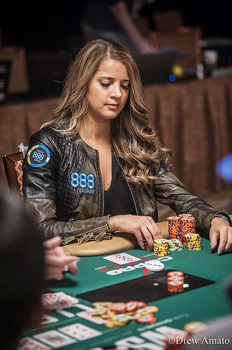 Sofia_Lovgren_WSOP2016
