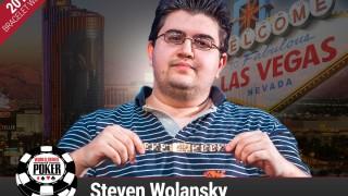 Steven Wolansky gewinnt das kleine Hold' em
