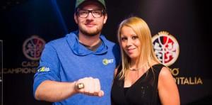 Platz 2 für Felix Schlott (hier nach seinem Sieg beim WSOP Circuit in Campione)