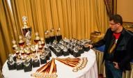 leon-und-die-trophies