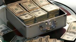 pile-of-cash-thumb-450xauto-306600