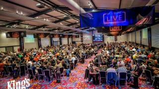 Volles Haus in der King's Poker Arena