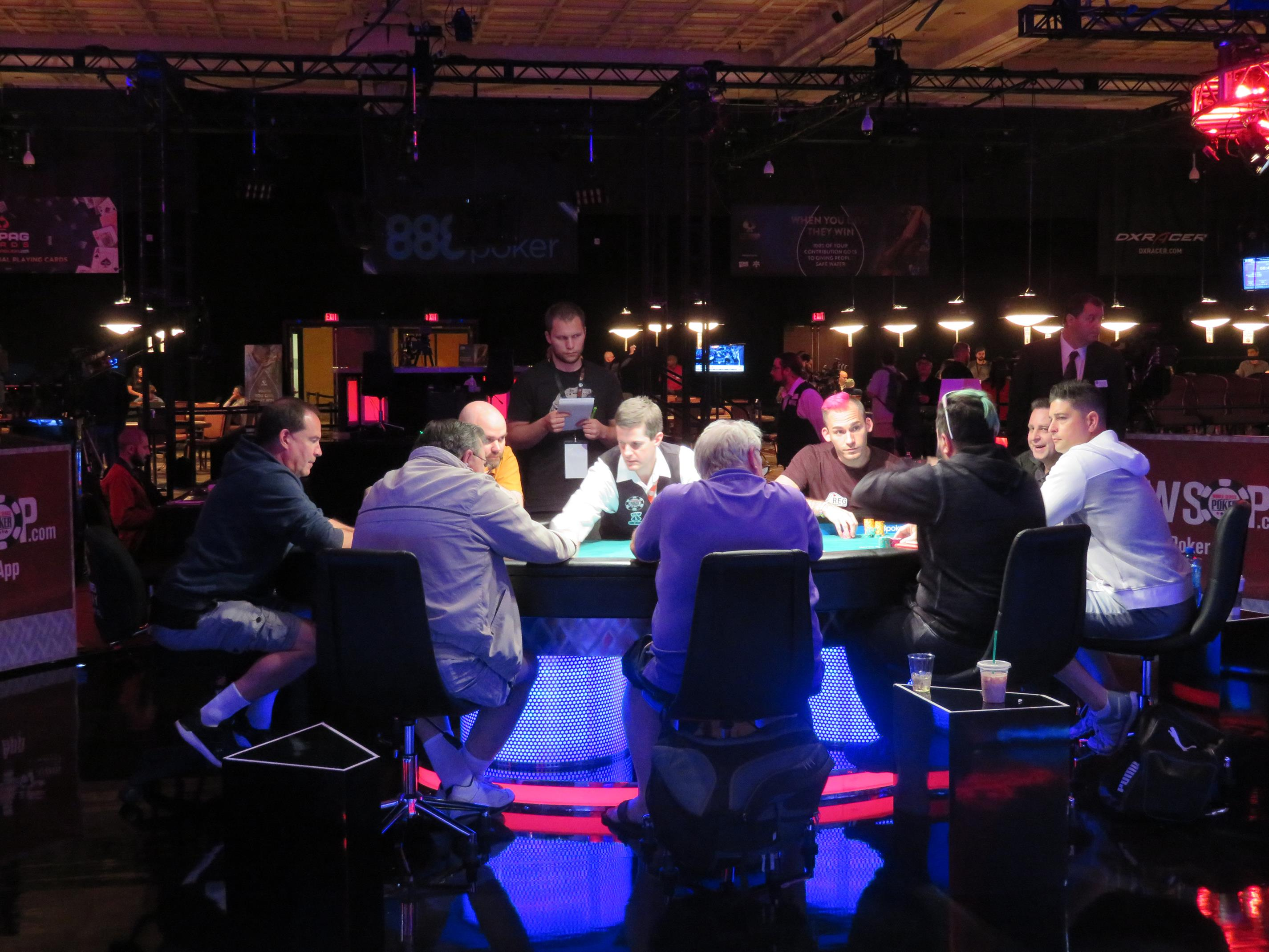 WSOP 2017 Event #40 final Table (Copy)