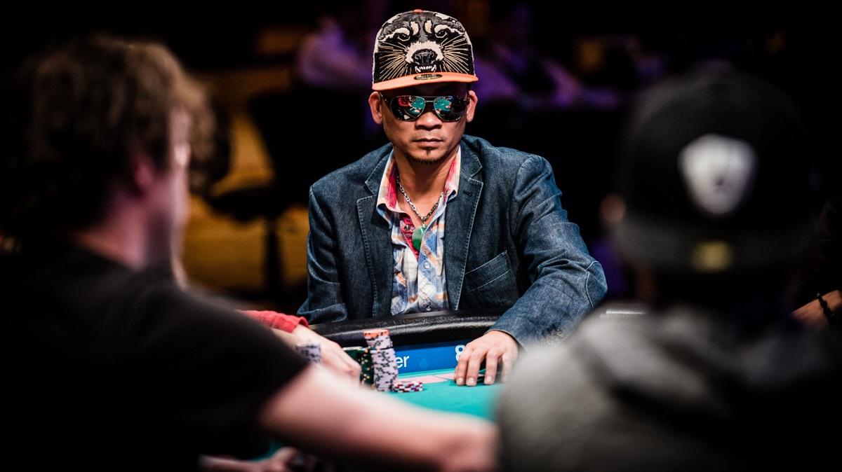 poker dress final table-1488267725213_tcm1489-345338