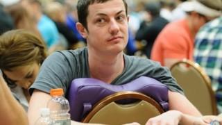 Ein mittlerweile selten gewordenes Bild: Dwan am Pokertisch