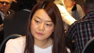 Mindestens drei Damen sind heute am Start: eine davon ist Yonger Wu