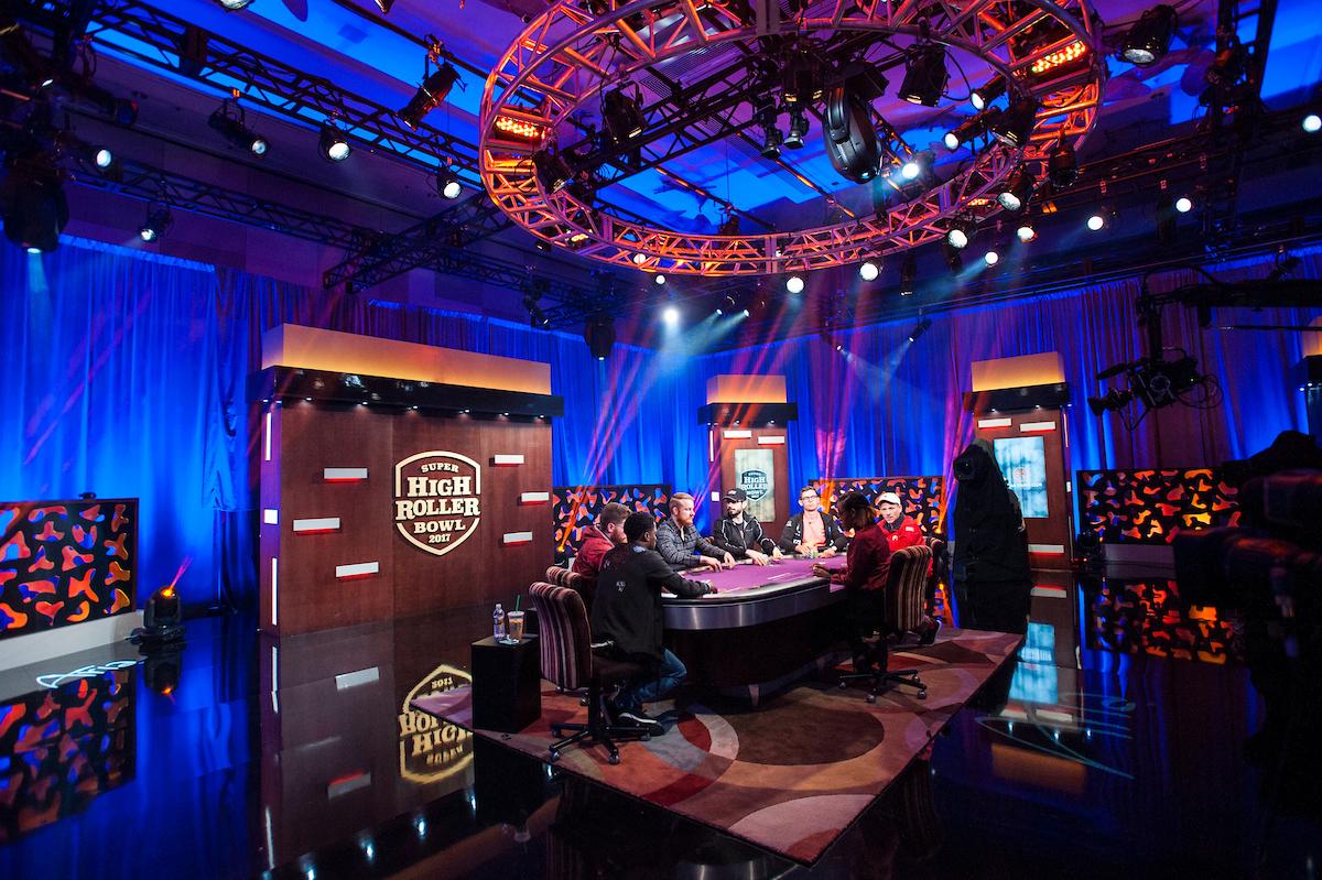TV-Set-Tournament-Area_2017-Super-High-Roller-Bowl_Day-2_Giron_7JG3085