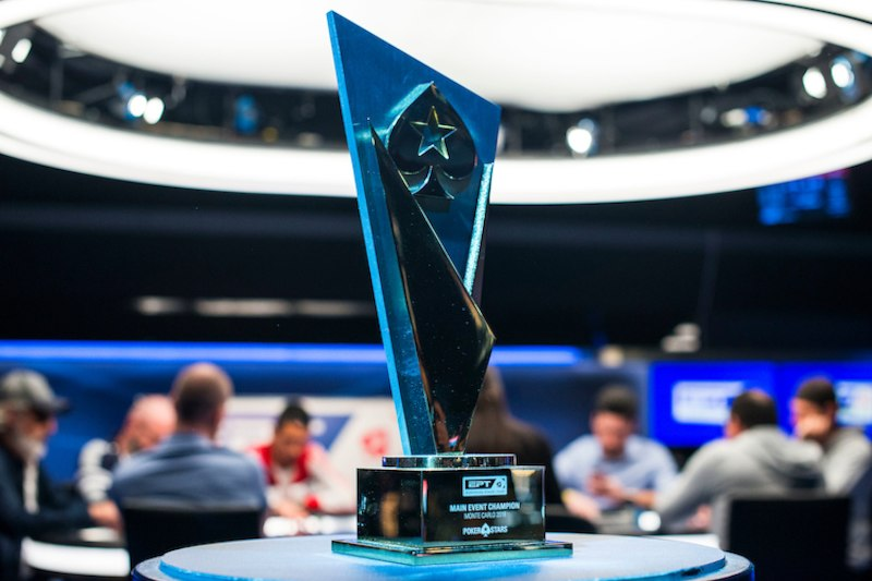 main-event-trophy-2018-ept-monte-carlo-main-event-day-2-giron-8jg4220