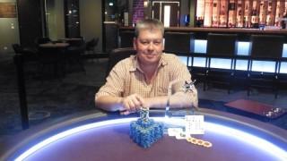 Meggasiggi gewinnt die DEAF Star Poker Gala