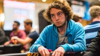 anthony-chimkovitch-2018-ept-barcelona-main-event-day-1b-giron-8jg9266