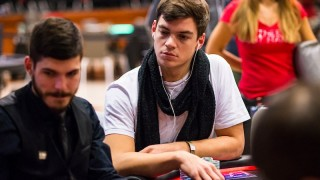 paul-michaelis-2018-ept-prague-main-event-day-5-giron-8jg2430