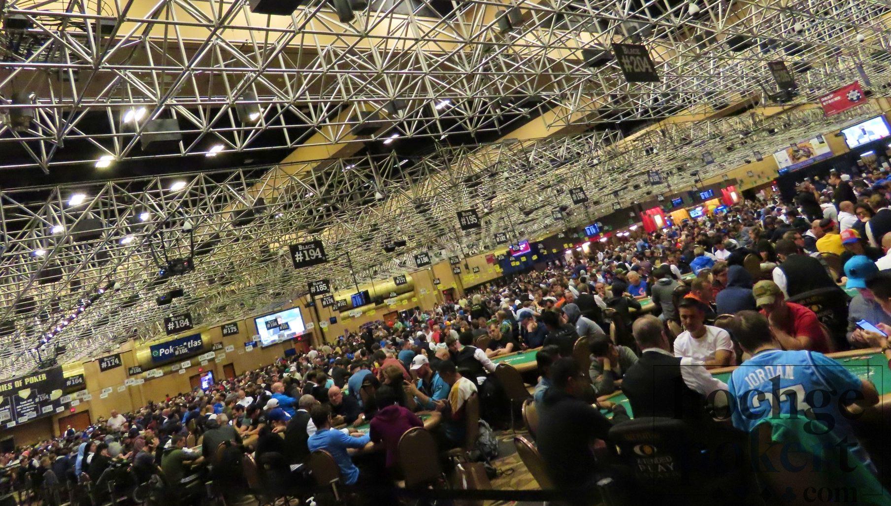 Neuer Rekordstarttag beim WSOP Main Event Tag 1C! | Hochgepokert