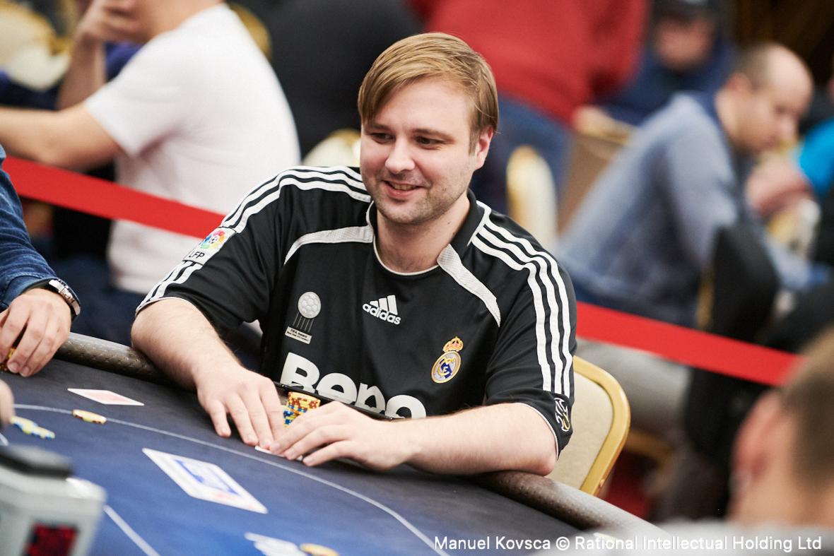 Sandulov Geht Als Chipleader In Tag 2 Des Ept Sochi Main Events Hochgepokert
